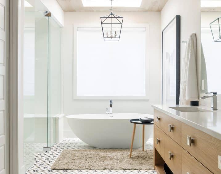 60 323 8x8 Form Sand HD Compass Deco Porcelain Tile Lifestyle